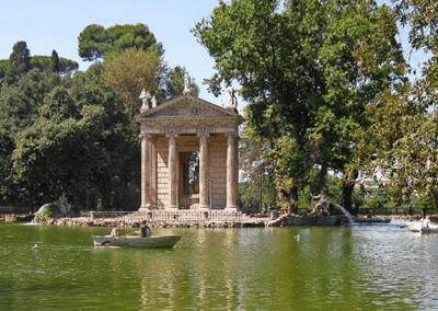 Estanque cercano a Galeria Borghese